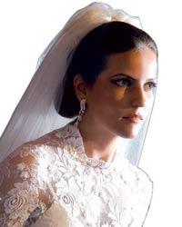 Esther Zema, uma das noivas mais belas do ano, penteada, maquiada e vestida pelo mestre Frank Prado ... - Foto-7