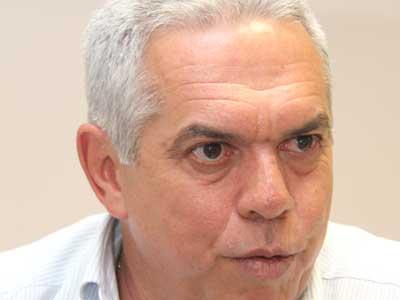 <b>...</b> durante a sustentação oral feita pelo advogado <b>Roberto Pagliuso</b>, <b>...</b> - 6-10